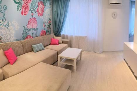 Сдается 1-комнатная квартира посуточно в Новосибирске, улица Гоголя, 38.