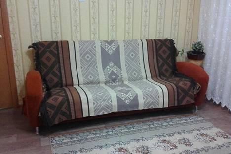 Сдается 2-комнатная квартира посуточно в Набережных Челнах, улица Шамиля Усманова д. 115.