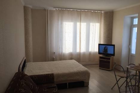 Сдается 1-комнатная квартира посуточнов Тюмени, ул. 50 лет ВЛКСМ, 13/2.