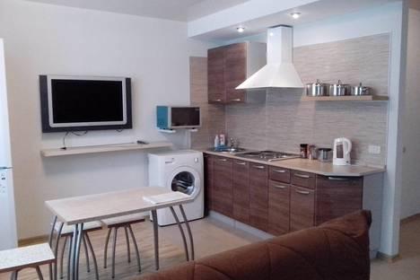 Сдается 2-комнатная квартира посуточно в Челябинске, ул. Болейко, 7.