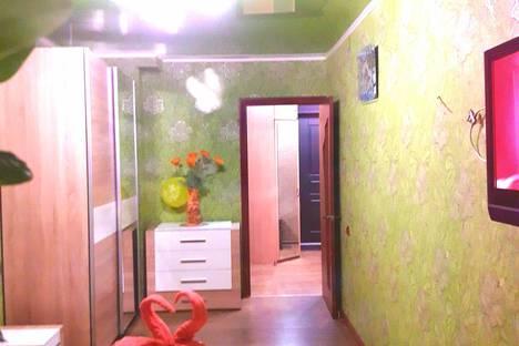 Сдается 2-комнатная квартира посуточно в Актау, Мангистауская область,7мкр,8дом.