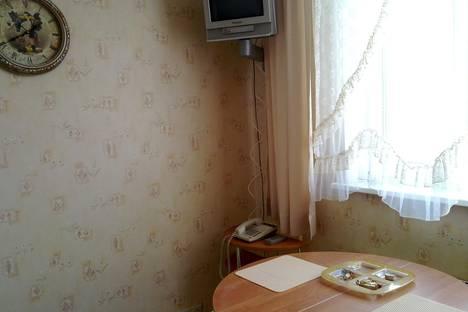 Сдается 2-комнатная квартира посуточно в Судаке, Крым,ул. Мичурина.