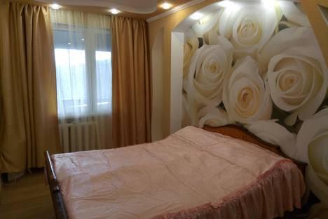 Сдается 3-комнатная квартира посуточно в Гурзуфе, улица Подвойского, 26.