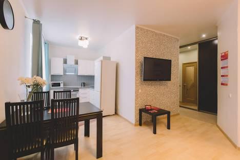 Сдается 2-комнатная квартира посуточнов Томске, Базарный переулок, 12.