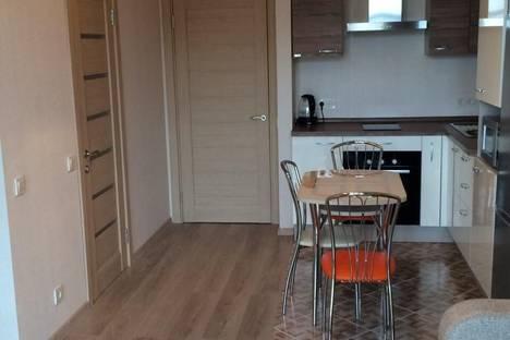 Сдается 2-комнатная квартира посуточнов Гаспре, Маратовская улица, 1.