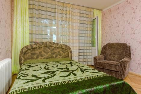 Сдается 1-комнатная квартира посуточно в Киеве, улица Митрополита Андрея Шептицького, 7.
