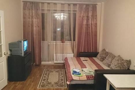 Сдается 2-комнатная квартира посуточно в Новосибирске, Академгородок  Шатурская улица д. 8.