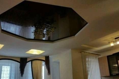 Сдается 1-комнатная квартира посуточно в Елабуге, улица Автомобилистов 10.