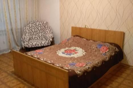 Сдается 1-комнатная квартира посуточно в Саратове, улица Бардина, 8.