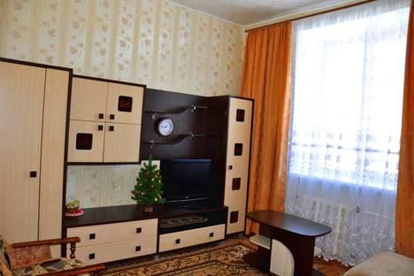 Сдается 2-комнатная квартира посуточнов Таштаголе, Кирова, 4.