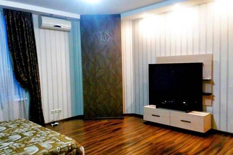 Сдается 1-комнатная квартира посуточно в Челябинске, улица Труда, 158.