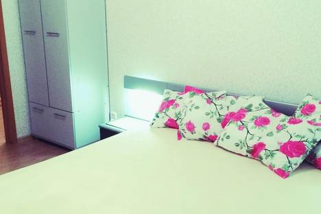 Сдается 2-комнатная квартира посуточно в Ижевске, Весенняя улица, 6.