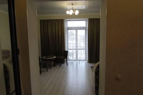 Сдается 3-комнатная квартира посуточнов Железноводске, улица Луначарского 24.