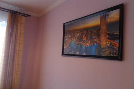 Сдается 2-комнатная квартира посуточно в Таганроге, ул.Мариупольское шоссе, 27к4с2.