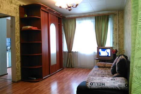 Сдается 1-комнатная квартира посуточнов Новокуйбышевске, 22 партсъезда 40.