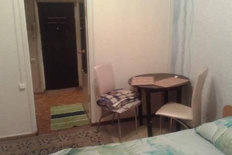 Сдается 1-комнатная квартира посуточнов Энергодаре, Днепропрудное, Шахтерская улица, 4.