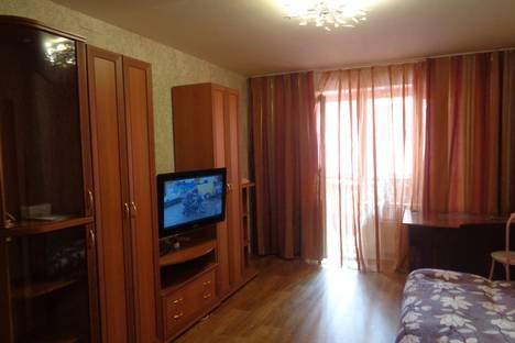 Сдается 2-комнатная квартира посуточно в Томске, 1-я Рабочая улица, 2А.