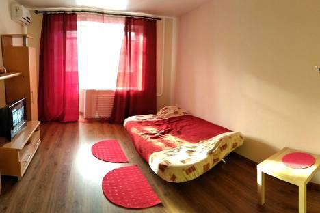 Сдается 1-комнатная квартира посуточнов Уфе, проспект Октября, 180.