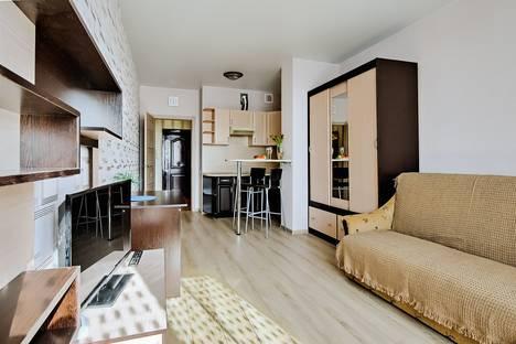 Сдается 1-комнатная квартира посуточно в Санкт-Петербурге, Орджоникидзе,52 литер А.