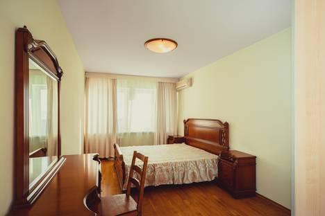 Сдается 2-комнатная квартира посуточно в Самаре, улица Самарская, 70.