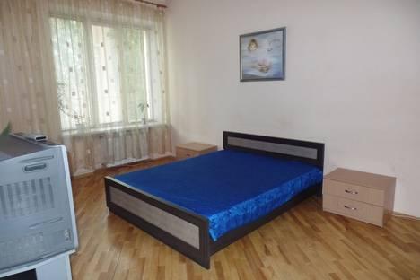 Сдается 2-комнатная квартира посуточно, вулиця Грушевського, 23.
