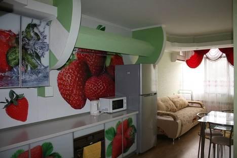 Сдается 3-комнатная квартира посуточно в Алуште, улица Платановая,1.