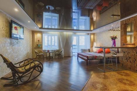 Сдается 1-комнатная квартира посуточно в Томске, проспект Ленина, 166.
