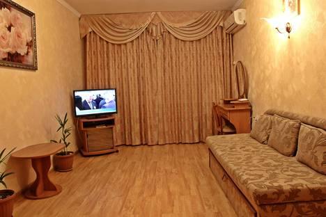 Сдается 1-комнатная квартира посуточнов Никите, улица Садовая, 30.