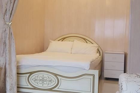 Сдается 1-комнатная квартира посуточнов Екатеринбурге, улица Попова 10.