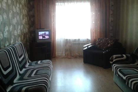 Сдается 3-комнатная квартира посуточно в Саратове, улица Плякина д.4.