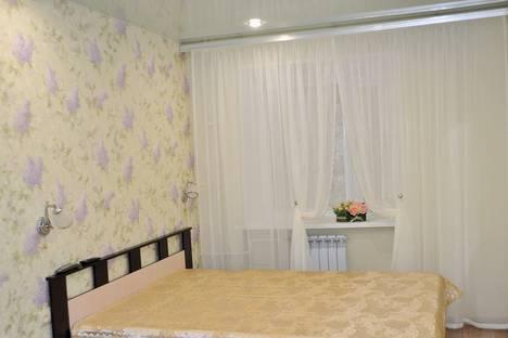Сдается 2-комнатная квартира посуточнов Североморске, ул. Самойловой, 9.