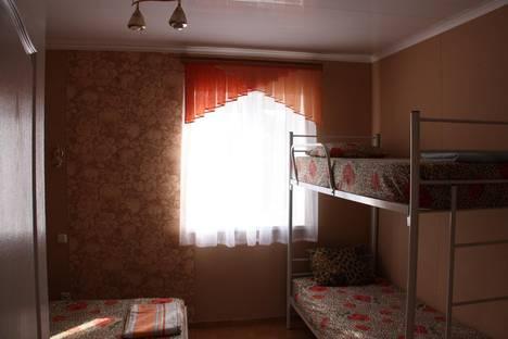 Сдается комната посуточно в Ейске, улица Шевченко, 77.