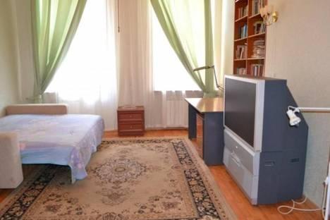 Сдается 1-комнатная квартира посуточнов Санкт-Петербурге, ул. Достоевского, 29.