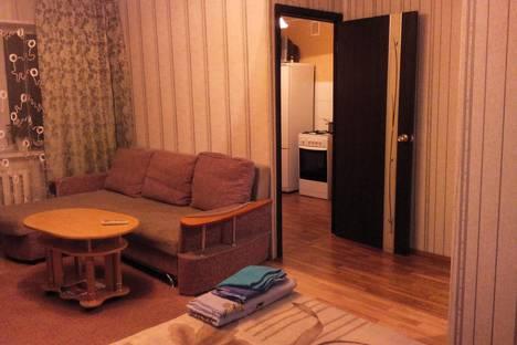 Сдается 1-комнатная квартира посуточно в Миассе, проспект Автозаводцев, 48.