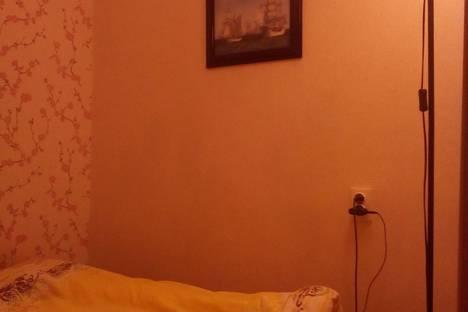 Сдается 3-комнатная квартира посуточнов Чебаркуле, Предзаводская площадь 3.