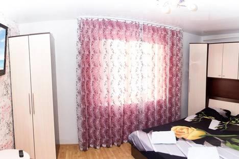 Сдается 2-комнатная квартира посуточно, улица Свердлова, 12.