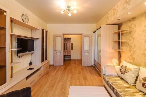 Сдается 1-комнатная квартира посуточнов Новокуйбышевске, Волжский проспект, 37.