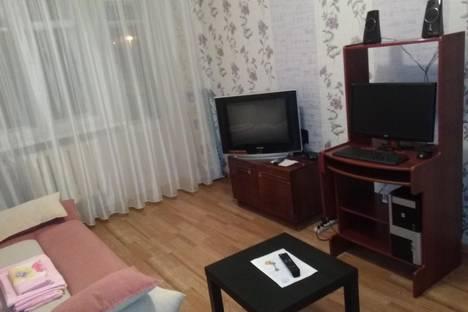 Сдается 1-комнатная квартира посуточно в Нижней Туре, улица 40 лет Октября 8.
