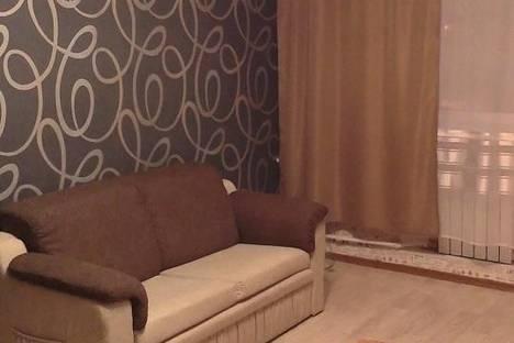 Сдается 3-комнатная квартира посуточно в Кировске, улица Мира, 8а.