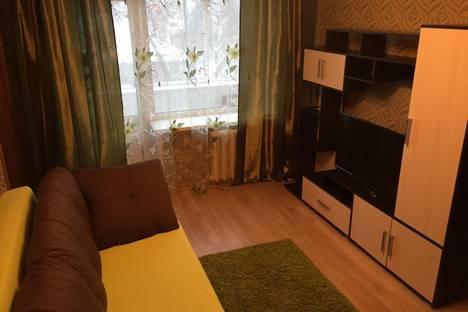 Сдается 3-комнатная квартира посуточно в Туле, улица Сойфера, 33.