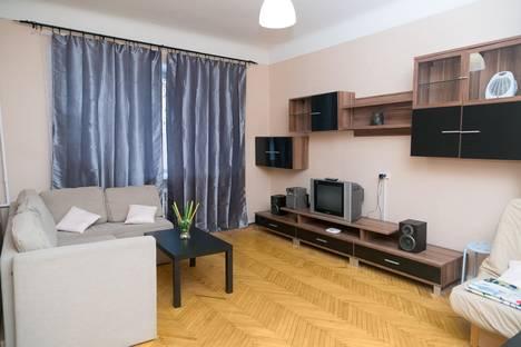 Сдается 2-комнатная квартира посуточнов Пушкине, улица Александра Матросова, 59.