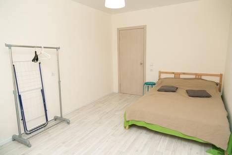 Сдается 2-комнатная квартира посуточнов Гатчине, улица Коммунаров, 188 корпус 1.