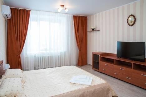 Сдается 1-комнатная квартира посуточнов Казани, Чистопольская улица, 74.