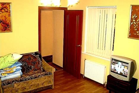 Сдается 2-комнатная квартира посуточнов Николаеве, улица Адмирала Макарова, 39.
