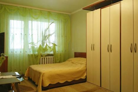 Сдается 1-комнатная квартира посуточно в Белой Церкви, улица Декабристов, 5.