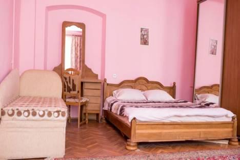 Сдается 2-комнатная квартира посуточно в Львове, улица Староеврейская 24.