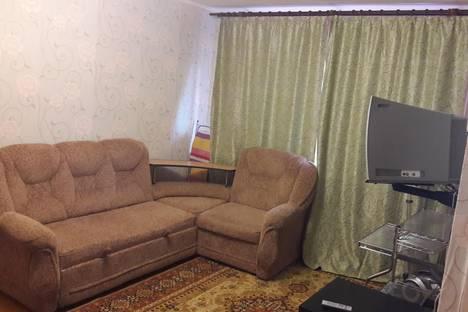 Сдается 1-комнатная квартира посуточно в Магнитогорске, улица Суворова, 111.