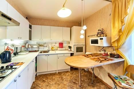 Сдается 1-комнатная квартира посуточно в Смоленске, улица Рыленкова, 61А.