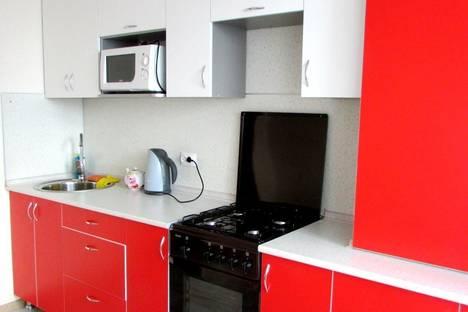 Сдается 1-комнатная квартира посуточно в Костроме, улица Коммунаров, 6.