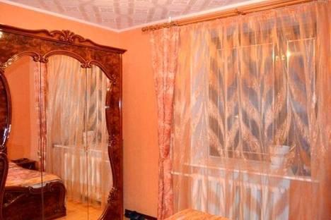 Сдается 2-комнатная квартира посуточно, улица Ново-Полянская, 3А.